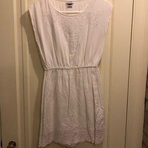 White 100% cotton CharmingCharlie dress size small